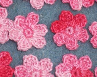 15 handmade pink cotton thread crochet applique flowers  -- 635