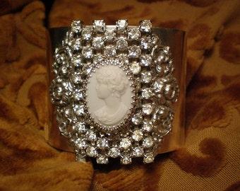 DESTASH, Antique Shoe Clip Cuff Bracelet, Musi Shoe Slip, Rhinestone Bracelet, Silver Bracelet, Cameo Bracelet