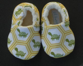Baby Shoes, Baby Slippers, Booties, Turtles, Yellow, Hexagons, Gender Neutral