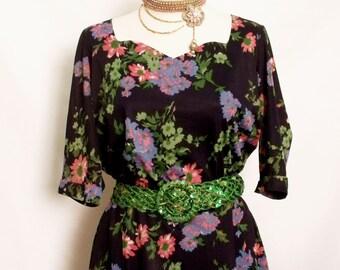 30% OFF Vintage Navy floral ladies summer dress