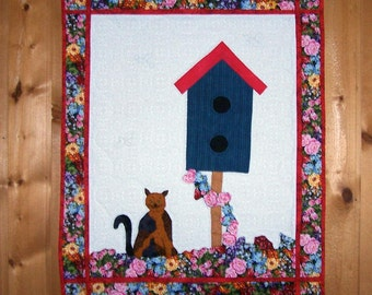 Quilted wall art cat and birdhouse