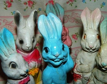 Rare Vintage Chalk Easter Rabbit, Chalk-ware, PINK Easter Rabbit, Umbrella, Carnival Prize, Easter Basket Figurine, Peter Rabbit