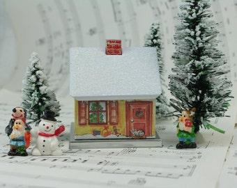 Gnome Home - Christmas House - D-017-23-12