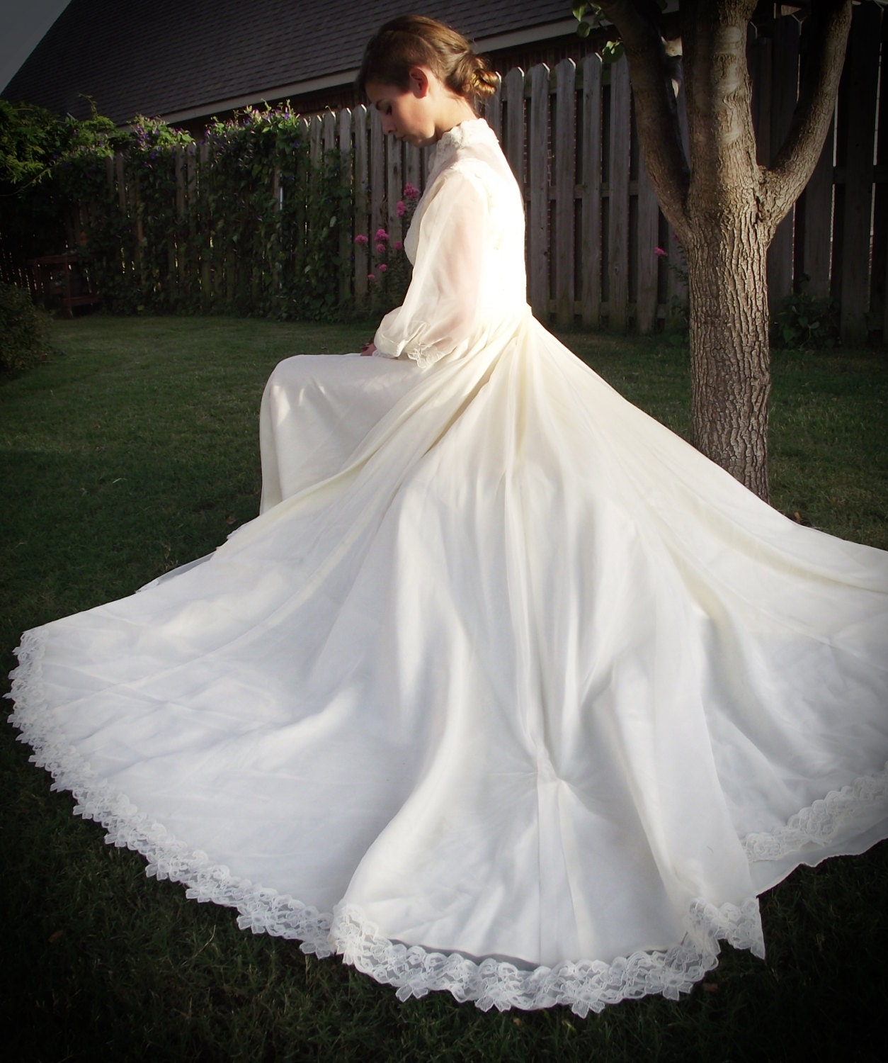 Vintage Wedding Dress Gown Ivory Lace Long Sleeve