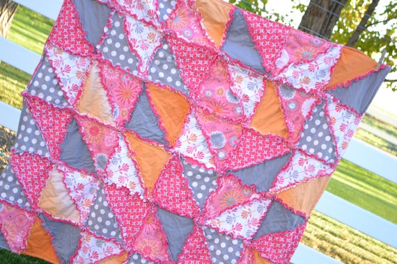 Triangle Dash Rag Quilt Pattern with Bonus Car Seat Tent Instructions