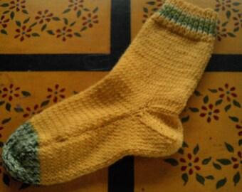 Hand Knit Alpaca Wool Socks Womens  Meduim 7-9  Daffodil Yellow & Spring Green