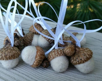 Acorn Ornaments Off White Tree Decorations Package Tie Ons