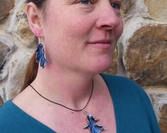 Winter Oak Leaf Necklace & Earrings Set
