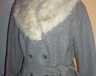 Grey Wool with Faux Fur Trim Vintage 70s Double Breasted Car Coat  S