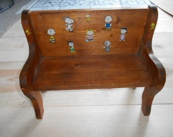 Vintage Wooden Peanuts Characters Doll Bench