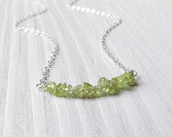 Peridot Necklace Sterling Silver Gem Bar Necklace Tiny Green Peridot Gemstone Chips Pendant Simple Minimalist Jewelry Gift for Women
