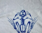All Cotton Screen Printed Frog T Shirt  ( XL) - Free Shipping