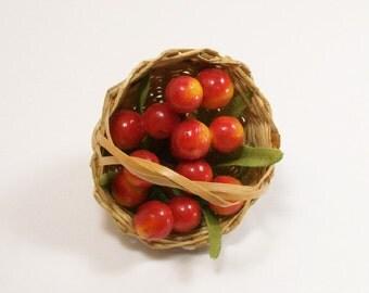 Apples Peaches Fruit Basket 1:12 Dollhouse Miniature Inch Scale Artisan