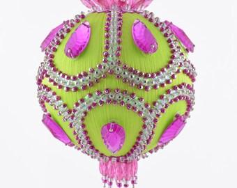 Satin beaded Christmas ornament kit - Pistachio Scoop