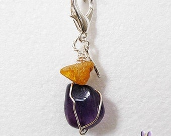 Amethyst and Amber holistic pet amulet - Natural tick and fleas repellent and ANXIETY Aid.