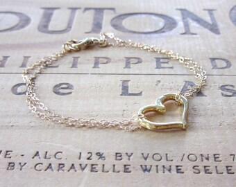 14k Gold Heart Minimal Bracelet