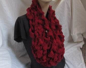 Deep Red Lacey Chunky Knit Cowl (5034)