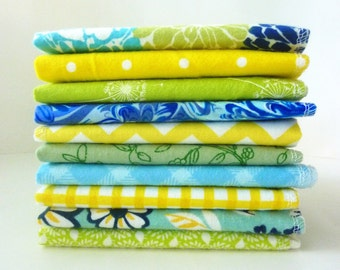 10 Farm Kitchen Cloth Napkins - Reusable Paper Towels - Mothers Day Gift - Vintage Style Yellow Blue Green - 10 x 12 Single