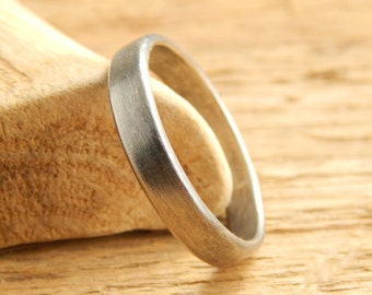 4 mm wedding band, simple wedding ring, 1.5 mm thick, reclaimed sterling silver.