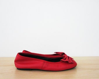 vintage 90s ballet flats, cherry red sam & libby bow flats, size 5.5