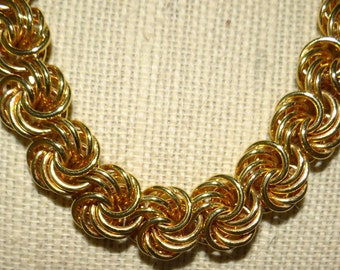 Vintage Gold tone Necklace 18""