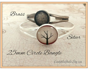 1pc.. Circle Bangle Bracelet with Glass Inserts...20mm....Mix and Match...Antique Brass and Silver