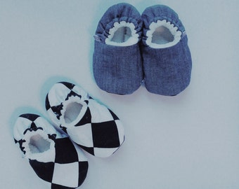 SALE 12-18m Baby Boy Slippers in Argyle