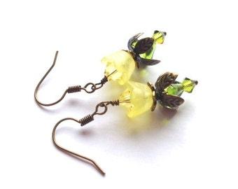 Lucite Flower Earrings, Crystal Swarvoski Earrings, Yellow, Flower Earring, Victorian, Antique Brass, Vintage Earrings, My Julie Jewels