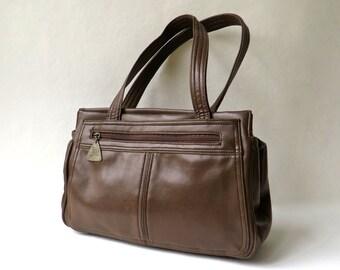 70s vintage JR Chocolate Brown Faux leather Purse