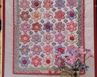 patterns Fabric  Bloom  Plains Flower non Renee Mini s  table runner quilted Pattern by Quilt