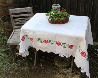 Nr. 450: antique throw bedcover tablecloth WEDDING GIFT BEDSPREAD