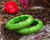 Forest Green: Beautiful Grassy Green Tagua Bracelet, River Beads Collection/Eco-Friendly Jewelry, Vegetable Ivory Jewelry /Gifts for her