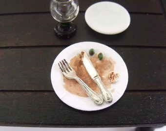1.12th Scale Dolls House Miniature Food item, Finished Dinner...