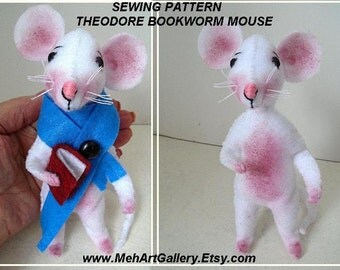 FELT MOUSE PATTERN, Pdf Sewing Pattern, Felt Miniatures, Soft Sculpture Stuffed Fiber Art, Plushie,  plush animal, Bookworm mouse,