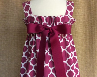 Quatrefoil Dress... Ruffle Top Jumper with Interchangeable Ribbon Belt...Riley Blake quatrefoil fabric in Fuchsia