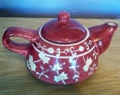 Small Maroon and White Teapot Batik Spongeware Design