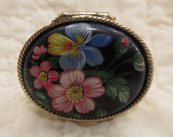Vintage Pill Box with Floral design on Top new vintage stock