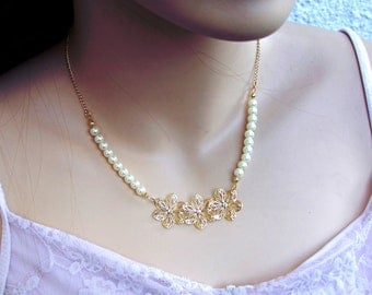 Bridal Pearl Necklace, Gold Necklace ,Wedding Floral Necklace, Pearl Jewelry, Vintage style Necklace