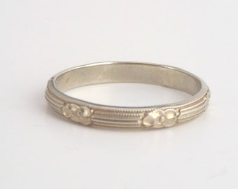 Vintage White Gold Eternity Band. Belais Floral Linear Wedding Ring. Blossom. Size 9.75. 18k.