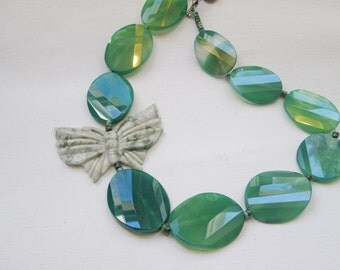 Dark Green Chunky Beaded Butterfly Statement Necklace