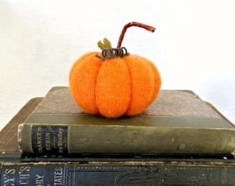 Felted Wool Pumpkin - Tiny Halloween Pumpkin - Primitive Pumpkin - Pumpkin Place Holder - Halloween Decor - Autumn Decor - Cashmere Pumpkin