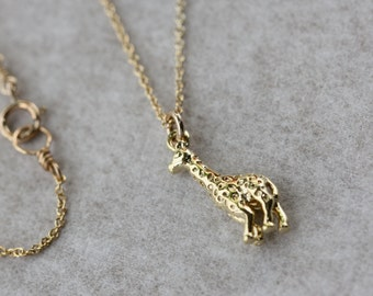 Giraffe Necklace, Gold dainty Necklace, Modern Necklace, Jewelry for kids, Fashion Jewelry, Baby Shower Gift, Flower Girl Gift