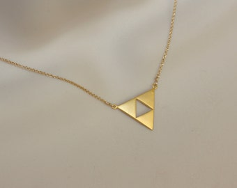 Aztec Triangle Gold Charm Necklace, Modern Jewelry, Geometrical, Summer Fashion, Minimal , Gold Dainty Necklace, Summer Trend, Gift for Wife