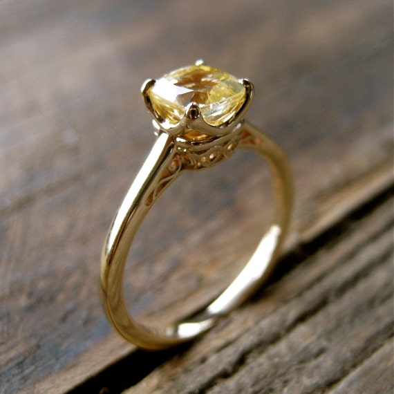 Gold ring yellow sapphire