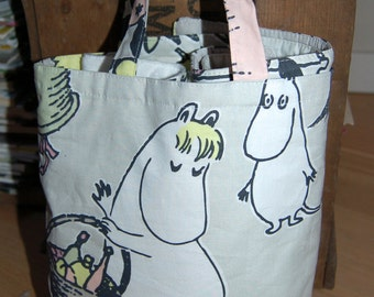 Moomin tote bag, purse, fully lined, waterproof , super cute from Finland