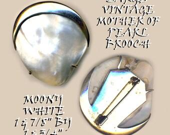 Brooch ~ Large Vintage Crescent Moon with Moony-luminescent Pearl ~ Trifarium-like Metal