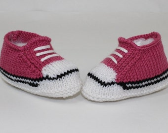Instant Digital File pdf download knitting pattern -Easy Baby Basketball Booties and Sneakers