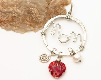 Sterling Silver Circle MOM Pendant with Heart, Pearl and Swirl Charms