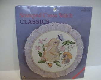 Bunny, Friends,Stamped Cross Stitch Classics No. 3724 with hoop, Designs for the Needle 1995