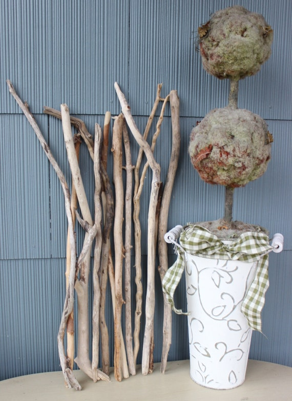 Branche bois flotte decoration maison design for Branche bois flotte decoration